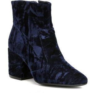 New Gianni Bini Blue Velvet Crush Ankle Boot